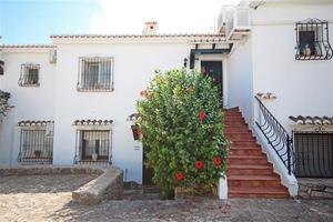 2 bedroom Apartment for sale in Moraira