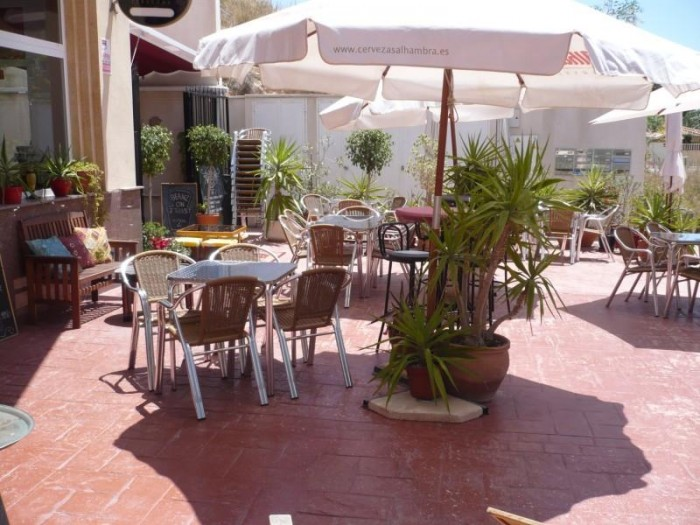 Commercial for sale in La Zenia
