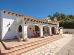 4 bedroom Villa for sale in Moraira €495,000