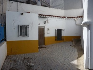 3 bedroom Cave House for sale in Freila