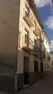10 bedroom Townhouse for sale in Zujar