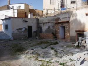 4 bedroom Cave House for sale in Freila