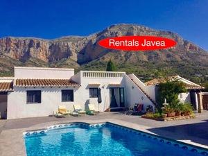 6 bedroom Villa to rent in Javea