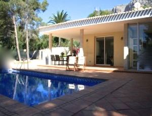 2 bedroom Villa to rent in Javea