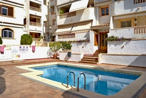 3 bedroom apartment to let in Javea Port.