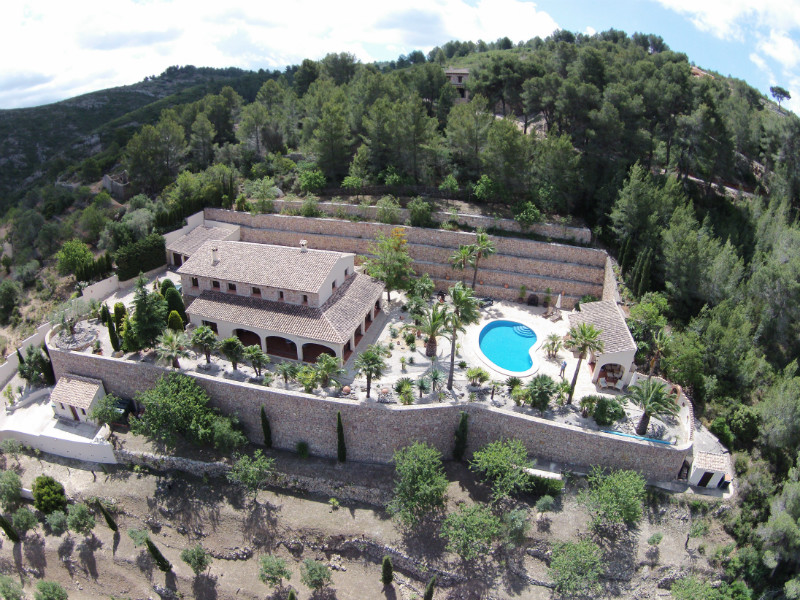 5 bedroom Finca for sale in Lliber