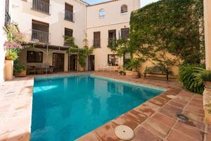 7 bedroom Villa for sale in Granada