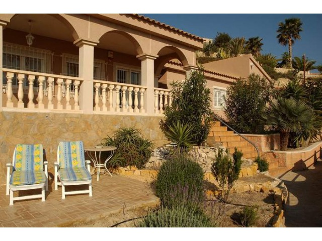 3 bedroom Villa for sale in El Campello