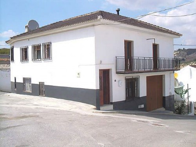 4 bedroom Townhouse for sale in Fornes