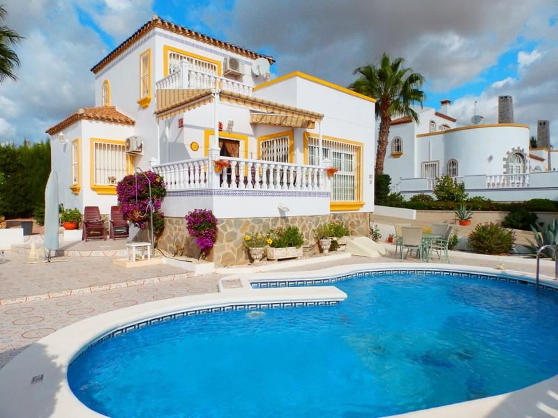 3 bedroom Villa for sale in Los Dolses