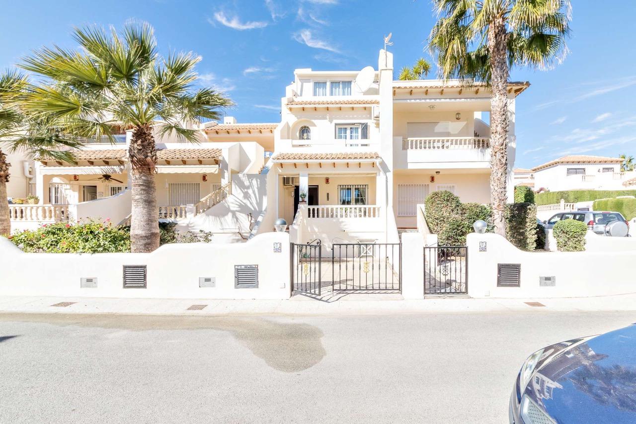 3 bedroom Townhouse for sale in Las Ramblas