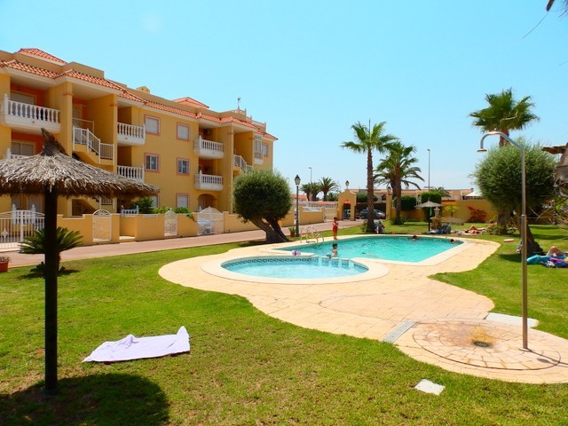 2 bedroom Apartment for sale in Playa Flamenca