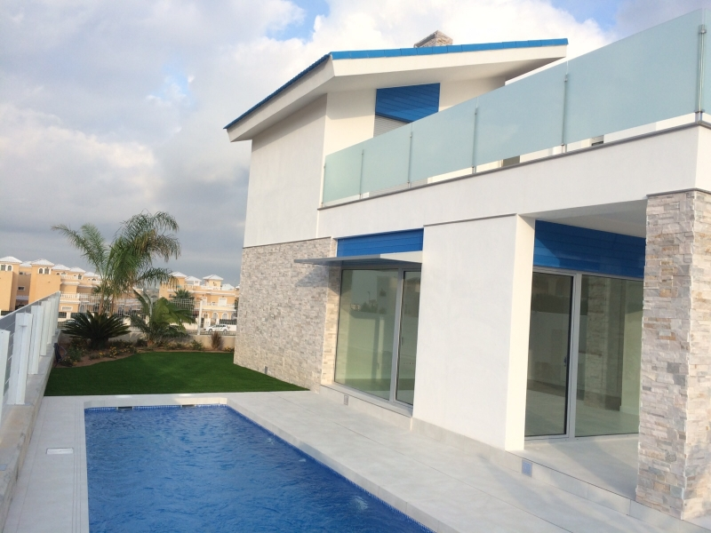 3 bedroom Villa for sale in La Marina