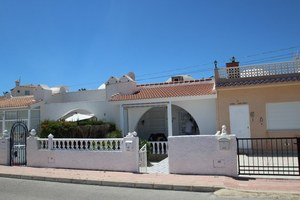 2 bedroom Bungalow for sale in Villamartin