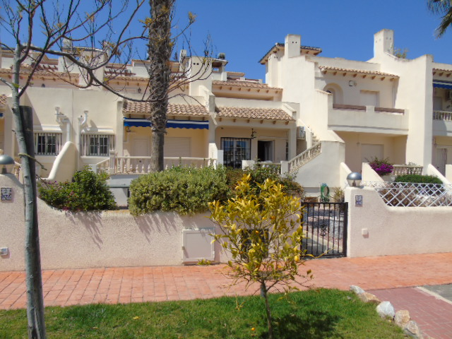 2 bedroom Bungalow for sale in Las Ramblas
