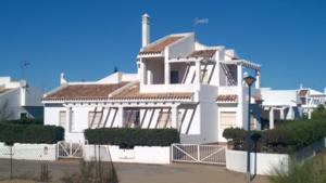 5 bedroom Villa for sale in La Antilla