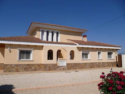 3 bedroom Villa for sale in Onil