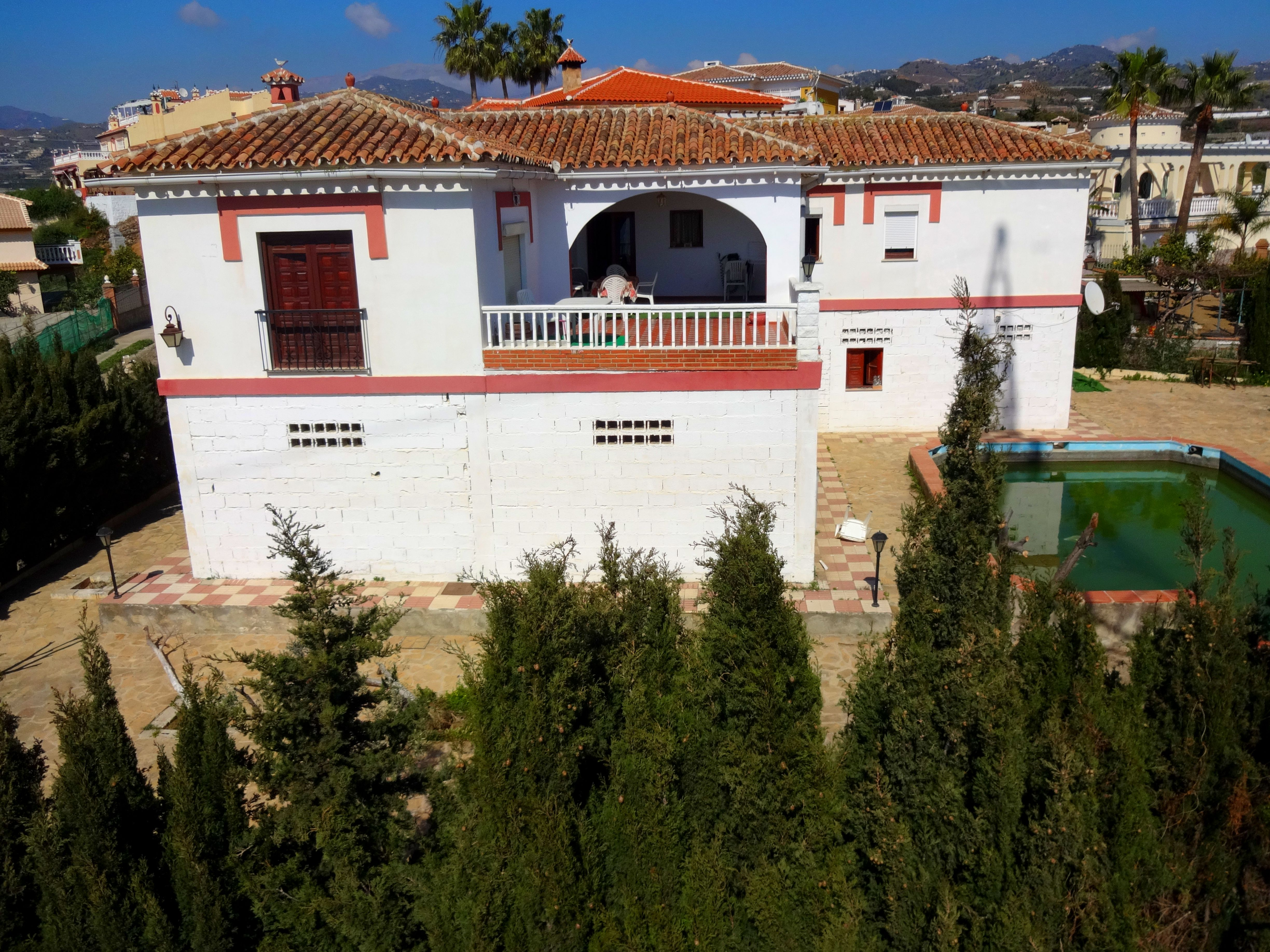 5 bedroom Villa for sale in Algarrobo