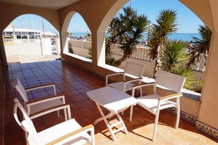 3 bedroom Villa for sale in La Mata