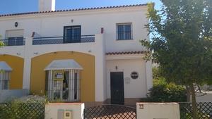 3 bedroom Townhouse for sale in Villablanca