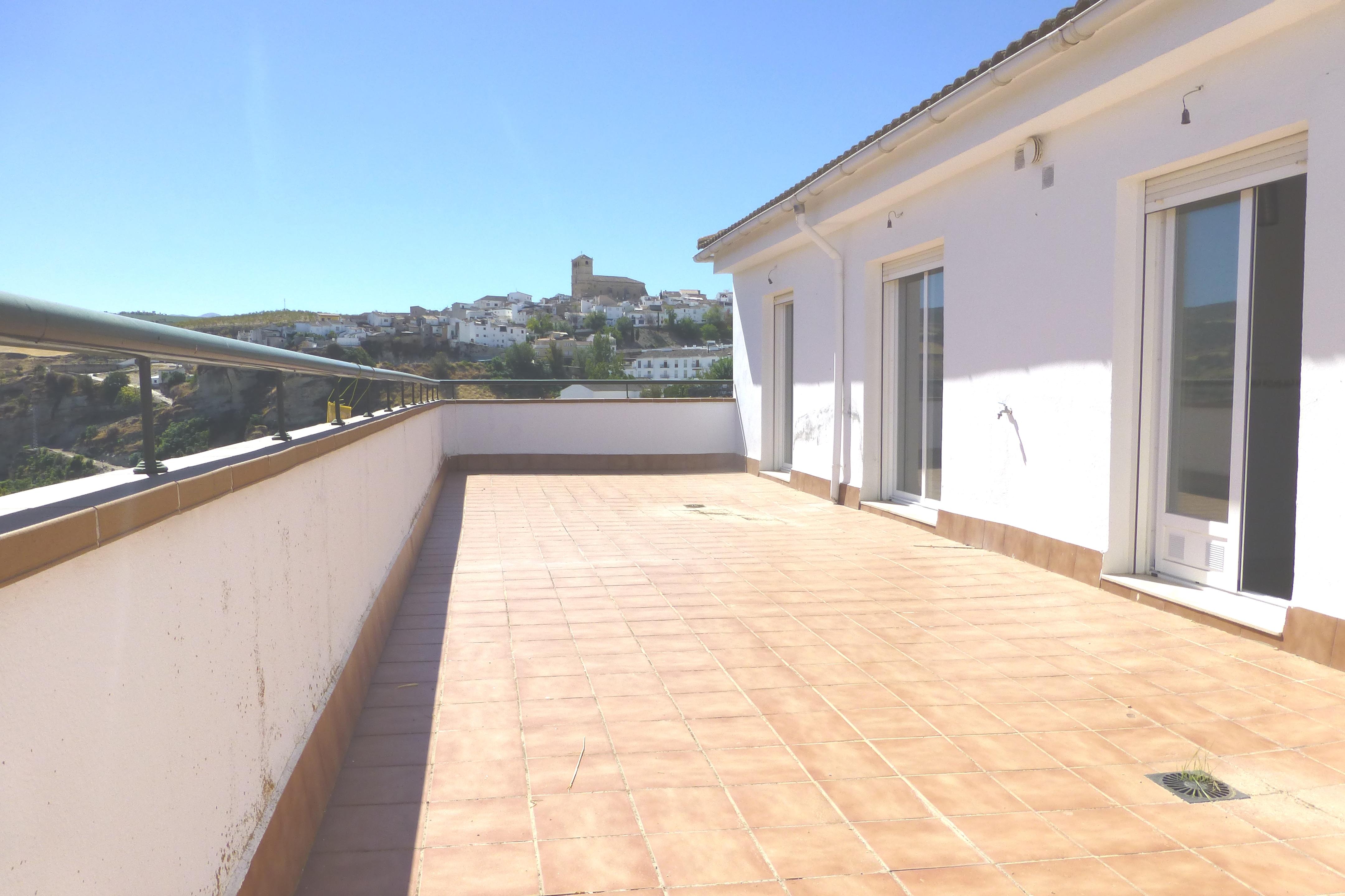3 bedroom Apartment for sale in Alhama de Granada