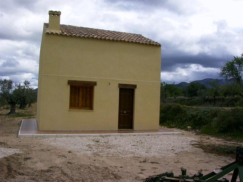 2 bedroom Finca for sale in Biar