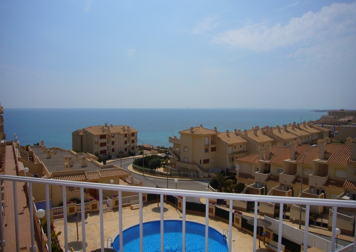 3 bedroom Penthouse for sale in Cabo Roig