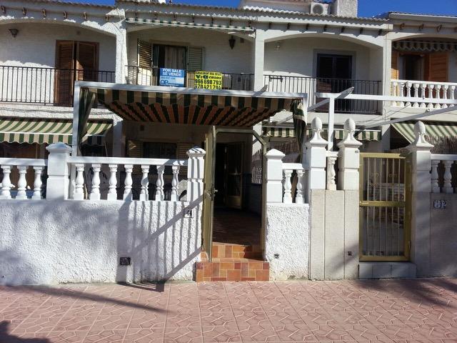 2 bedroom Townhouse for sale in Santa Pola