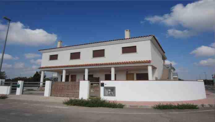 3 bedroom House for sale in Daya Nueva