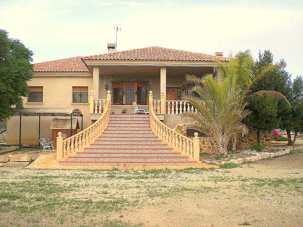 4 bedroom Villa for sale in Alicante