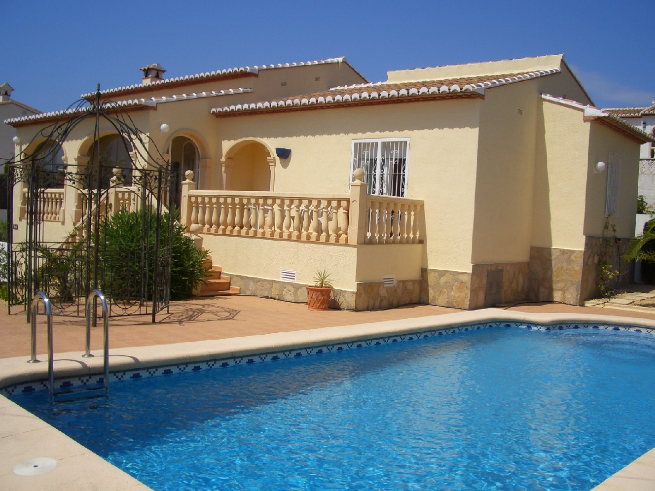 2 bedroom Villa for sale in Benitachell