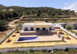 Modern Javea Villa for Sale with Montgo views 5 minutes to the beach