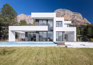 Modern 4 bedroom villa for sale on the Montgo Mountain in Javea