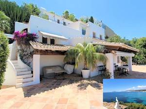 Moraira Sea front 5 bedroom property for sale with direct access to the sea