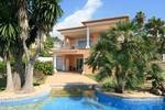 4 bedroom Villa for sale in Moraira €649,000