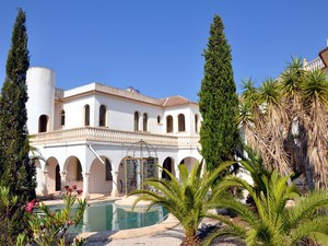 8 bedroom Villa for sale in Moraira